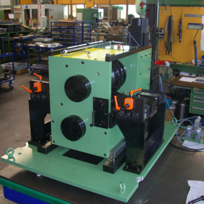Bre Rotationsstanzmaschine Stanzeinschub Lochung Stanztechnologie Systeme Baust