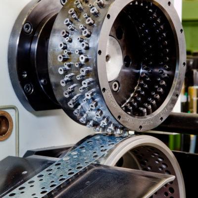 Brs Rotationsstanzmaschine Stanztechnologie Rotation Stanzen Stanzmaschine Bau Industrie Systeme Baust