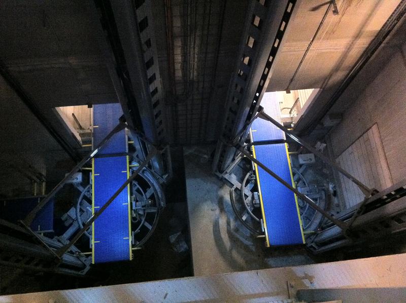 Senkrechtfoerderer Logistik Systeme Vertikalfoerderer Materialflusssysteme Baust