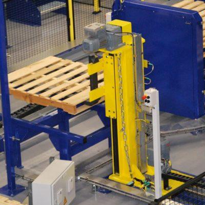 Palettendoppler Paletten Logistiksysteme Lagermanagement Foerdertechnik Baust Materialflusssysteme