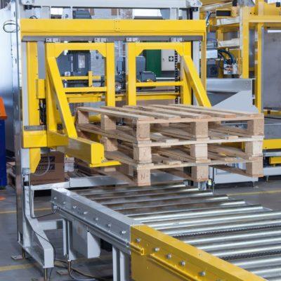 Palettenmagazin Logistik Paletten Foerdertechnik Baust Materialflusssysteme