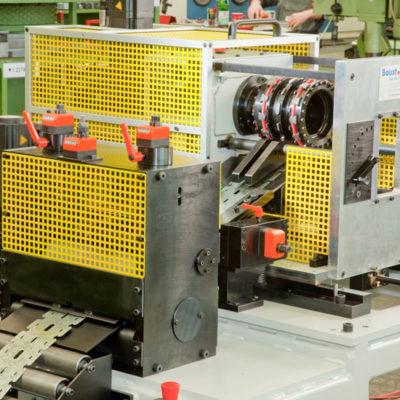 Trockenbau Industrie Druck Stanztechnologie Anwendung Rollen Automation Baust Gruppe3